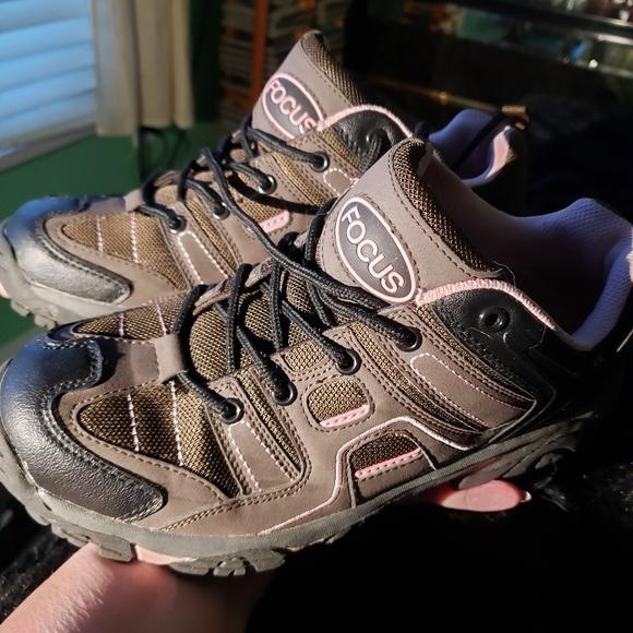 Focus Shoes - Focus Womens Athletic Shoes Size 10